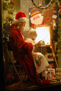 knittingchristmaslady01